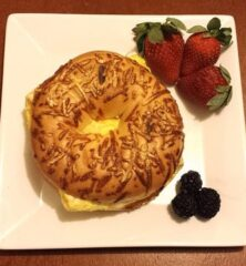 Tips-To-Help-You-Melt-The-Pounds-breakfast-bagel